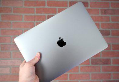 MacBook air_iphoneoutfit.com